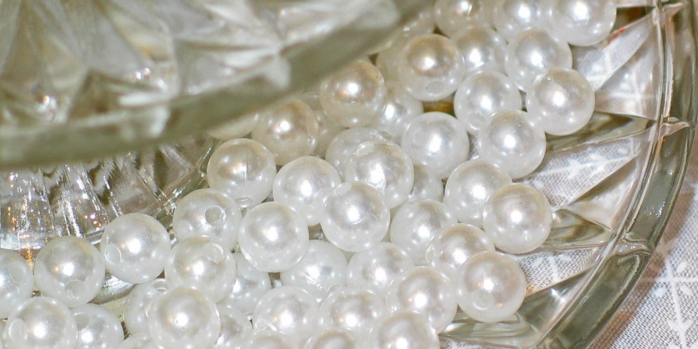 pearls in top class escort Vienna