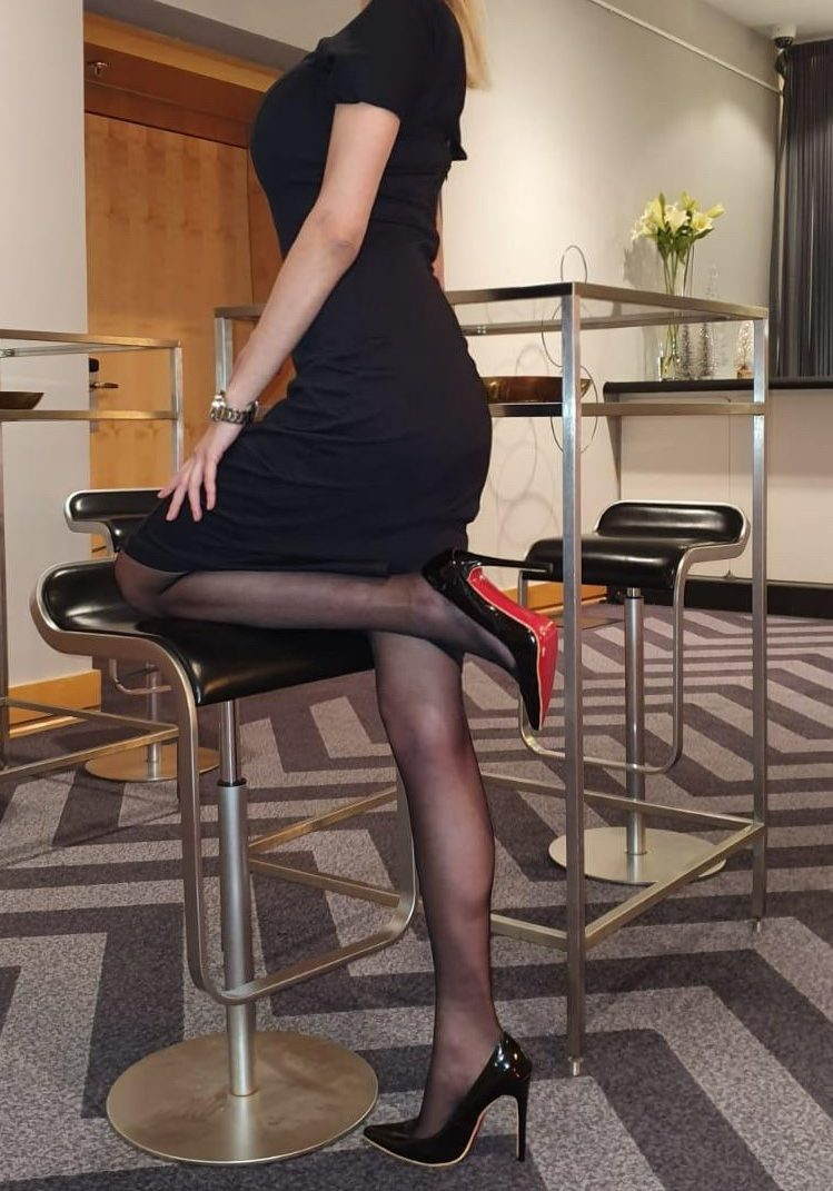 Isabella in a nice black dress